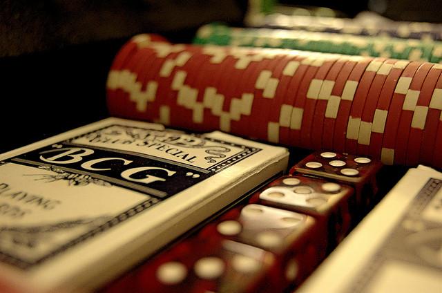 скачать игру покер на раздевание